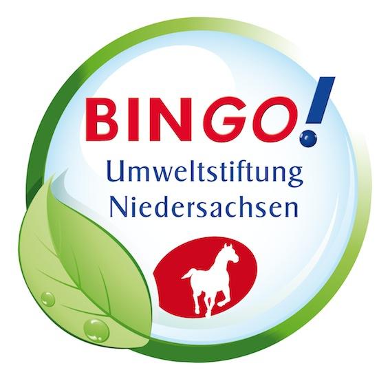 Wir danken der Niedersächsischen Bingo-Umweltstiftung für das Fördergled für unser Schulgartenprojekt mit der Gemüseackerdemie! Von dem Geld werden die nötigen Gartengeräte finanziert.